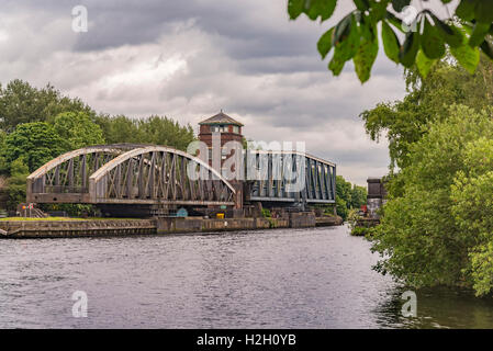The Barton swing road bridge and aqueduct on the Manchester Ship Canal. - Stock Photo
