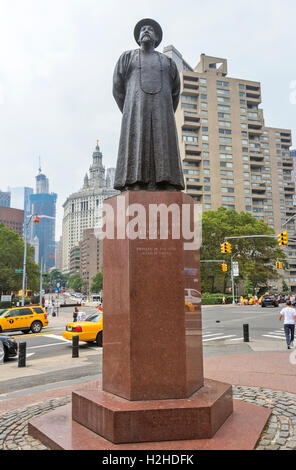 Statue of Lin Ze Xu in Chinatown, New York City. - Stock Photo