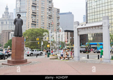 Statue of Lin Ze Xu and Monument to Chinese American War Heroes in Chinatown, New York City. - Stock Photo