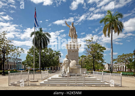 Monument, poet, national hero and freedom fighter Jose Marti, Parque Jose Marti, historic city centre, Cienfuegos - Stock Photo