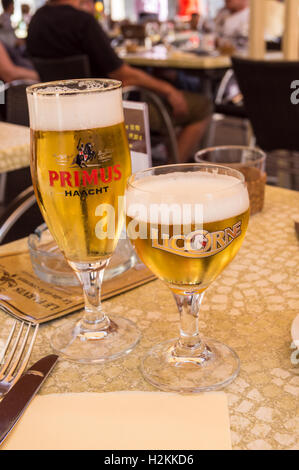 Primus and Licorne beer in 125ml (12.5cl) galopin printed glass, Le Parvis brasserie restaurant, Laon, Aisne, Picardie, - Stock Photo