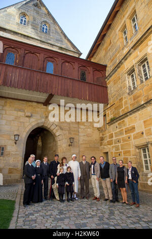 Bayreuth, Germany. 29th Sep, 2016. dpa-Exclusive - Actor John Standing (l-r), Nikolaus Prediger (FilmFernsehFonds - Stock Photo