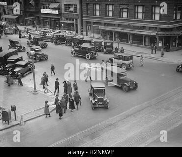 Street Scene, 13th and G Streets, Washington DC, USA, National Photo Company, 1924 - Stock Photo