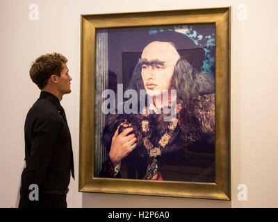London, UK. 30 September 2016. A visitor to the gallery looks at Cindy Sherman's painting Untitled #213, 1989. Skarstedt - Stock Photo