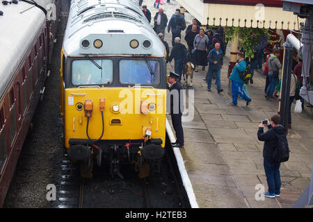 ELR East Lancashire Railways Ramsbottom station Uk a class 50 diesel takes trainspotter enthusiasts on the preserved - Stock Photo