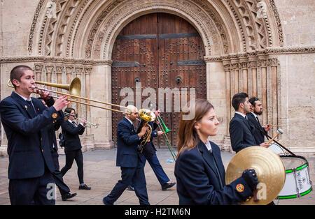 Flower offering,Music tribute to `Virgen de los desamparados´ Fallas festival,San Vicente Martir Street,Valencia,Spain - Stock Photo