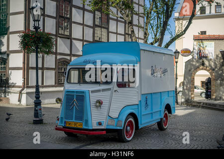 Vintage Citroen HZ serving as the ice cream parlor Zielona Gora - Stock Photo