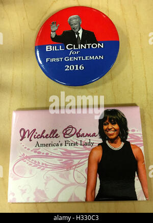 Michelle Obama, First Lady, Bille Clinton, First Gentleman if Hillary Clinton became President, USA. - Stock Photo
