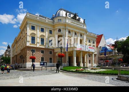 Slowakisches Nationaltheater, Historisches Gebaeude am Hviezdoslav Platz in Bratislava, Westslowakei, Slowakische - Stock Photo