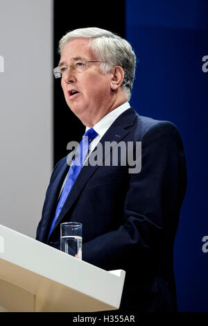 Conservative Party Conference day 3 on 04/10/2016 at Birmingham ICC, Birmingham. Persons pictured: Michael Fallon - Stock Photo