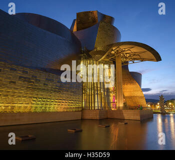 The Guggenheim Museum at night, Bilbao, Biscay, Basque Country, Spain, Europe - Stock Photo