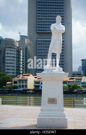 Statue of Sir Stamford Raffles by Boat Quay, Singapore - Stock Photo