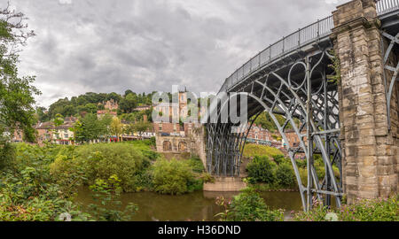 The Iron Bridge across the river Severn at the town of Ironbridge in the midlands of England. - Stock Photo