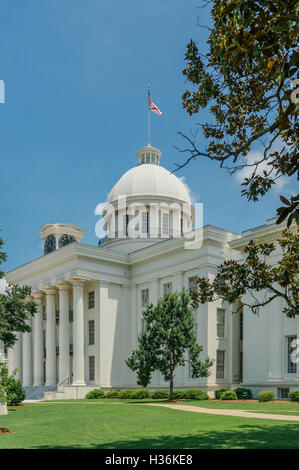 The Alabama state capitol building on a clear day in Montgomery Alabama, USA. - Stock Photo