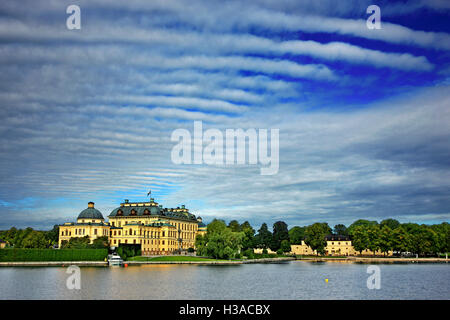 Daily cruise to Drottningholm palace and lake Malaren from Stockholm, Sweden. - Stock Photo