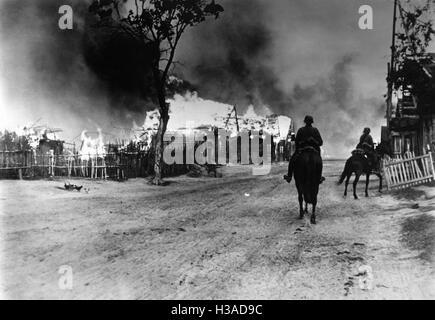 German cavalry reconnaissance patrol on the Dnieper, 1941 - Stock Photo