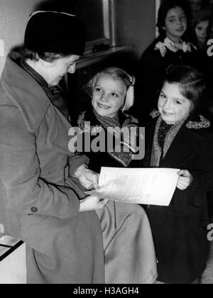Entering the BdM, 1937 - Stock Photo