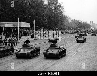 Armoured regiment of the Wehrmacht during a military parade in Berlin, 1938 - Stock Photo