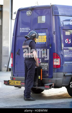 G4S cash collection services in Liverpool, Merseyside, UK - Stock Photo