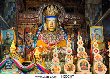 A statue of Sakyamuni at the Pelkor Chode Monastery in Gyantse, Tibet. - Stock Photo