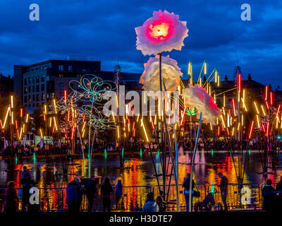 Bradford, UK. 6th October, 2016. Families congregate in City Park, Bradford,  to view the opening of 'Forest of - Stock Photo