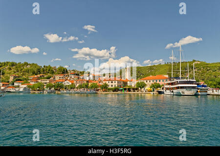 The town of Skradin up the River Cikola, beyond Sibenik, and the start of the Krka National Park, Croatia. - Stock Photo