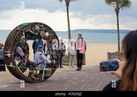 Bournemouth, Dorset, UK. 8th Oct, 2016. Bournemouth Arts by the Sea Festival returns for a sixth year with festival - Stock Photo