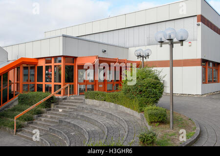 Contwig, Germany. 07th Oct, 2016. The entrance of the Integrierte Gesamtschule school in Contwig, Germany, 07 October - Stock Photo