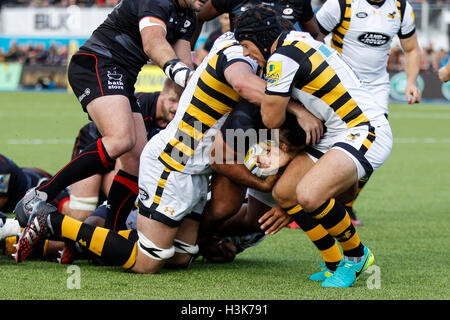 Barnet Copthall, London, UK. 09th Oct, 2016. Aviva Premiership Rugby. Saracens versus Wasps. Billy Vunipola of Saracens - Stock Photo