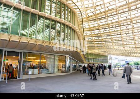 new canopy for the forum des halles 1st arrondissement. Black Bedroom Furniture Sets. Home Design Ideas