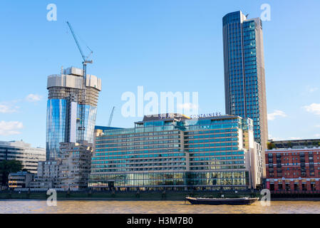 Sea Containers House, a prominent building on the south bank of the River Thames hosting a boutique hotel restaurant - Stock Photo