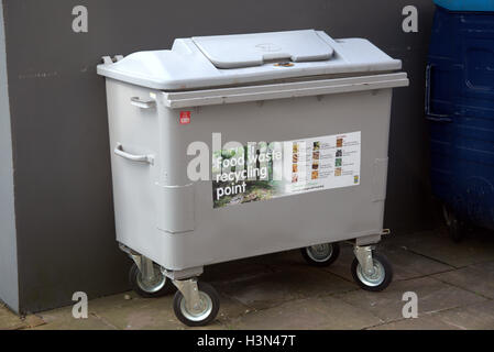 Food recycling dumpster or bin for organic waste from glasgow district council residents in glasgow city - Stock Photo