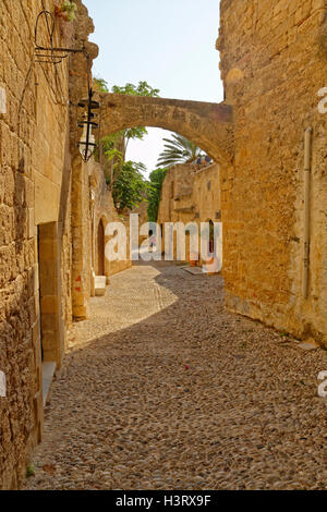 Typical side street in the old town of Rhodes, Rhodes Island, Dodecanese Island group, Greece. - Stock Photo