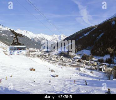 Austria, mountain Arl, St. Anton, cable car, ski runway, skier, winter, Europe, skiing area, ski region, winter - Stock Photo