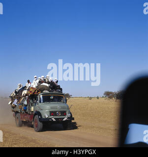 Chad, Borkou, wadi Doum, Sand runway, truck, charge, costs, people Central, Africa, landlocked country, Sahara, - Stock Photo