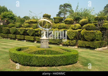 ... Heaver Castle, Chess Garden, Kent, Topiary Chess Set With Armillary  Sphere Sundial