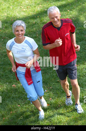 Senior citizen's couple, jog, happily, view camera, from above, 50-60 years, 60-70 years, senior citizens, couple, - Stock Photo
