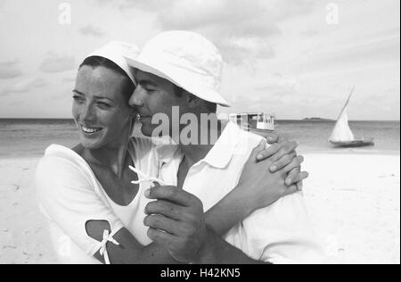 Beach, couple, young, in love, embracing, sea, portrait, b/w, - Stock Photo