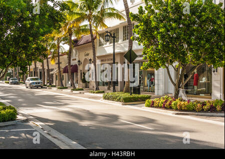 Luxury shops along Worth Avenue in Palm Beach, Florida. (USA) - Stock Photo