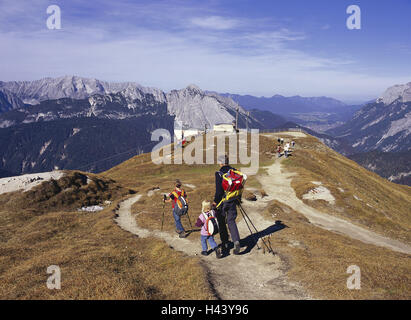 Austria, Tyrol, sea field, sea field col, height way, father, children, hiking, only editorially, no model release, - Stock Photo