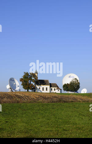 Germany, Bavaria, Raisting (village), earth station, pilgrimage church Saint John in the field, - Stock Photo