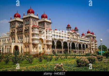 The beautiful Maharajahs Palace in Mysore, Karnataka, India - Stock Photo