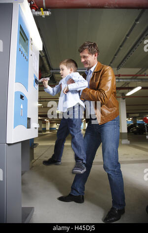 Car Park Pay Machine Inside A Sainsbury S Supermarket In