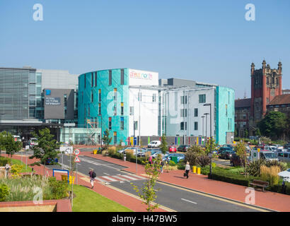 Royal Victoria Infirmary (RVI) and Great North Children's Hospital in Newcastle upon Tyne. UK - Stock Photo
