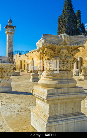 The visiting of Temple Mount is the best way to discover  ancient ruins, enjoy Islamic art and architecture, Jerusalem - Stock Photo
