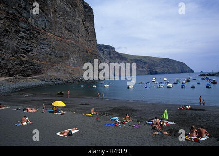 Spain, Canary islands, La Gomera, Valle grain Rey, beach, boots, tourists, vacationers, the Canaries, lava beach, - Stock Photo