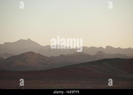 Egypt, Sinai, mountains in the street Milga to Nuweiba on the east coast, - Stock Photo