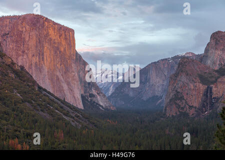 Yosemite Valley, California as seen from Tunnel View - Stock Photo