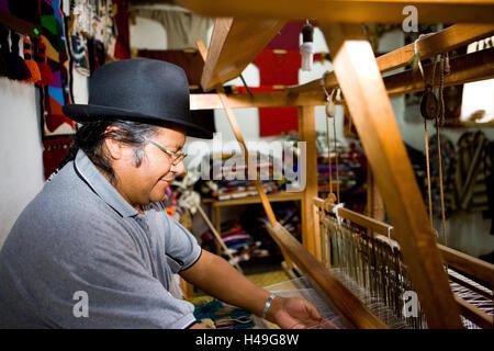 Ecuador, province of Imbabura, region of Otavalo, man, loom, art craft, South America, mountain region, Otavalo, - Stock Photo