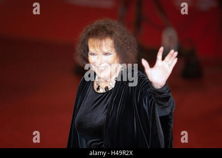 Rome, Italy. 13th October, 2016. Rome Film Festival, Eleventh Edition. Red carpet with Moonlight pictured pictured Claudia Cardinale. Credit:  Gennaro Leonardi/Alamy Live News